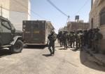 الاحتلال يقتحم ترمسعيا ويحاصر منزل الاسير منتصر شلبي