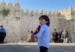 أجواء العيد في باب العامود
